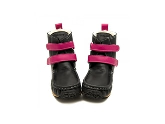 YETI Black/Fuchsia waterproof leather - sheespkin